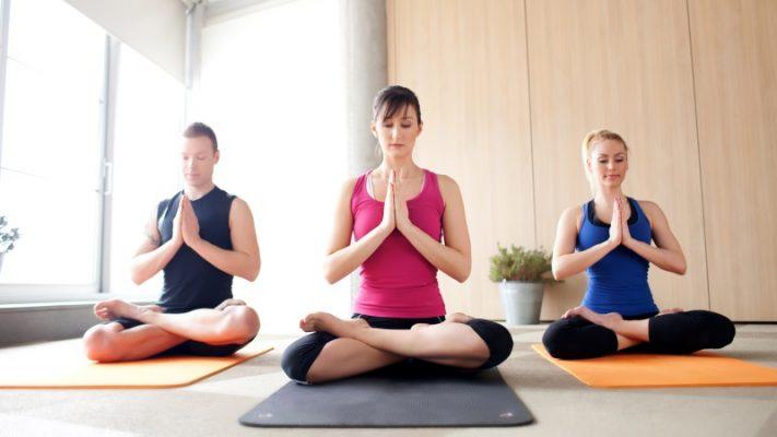 5 ĐỘng Tác Yoga ĐƠn GiẢn Cho Eo Thon, Dáng Đẹp TẠi NhÀ 5e7825bcead3e.jpeg