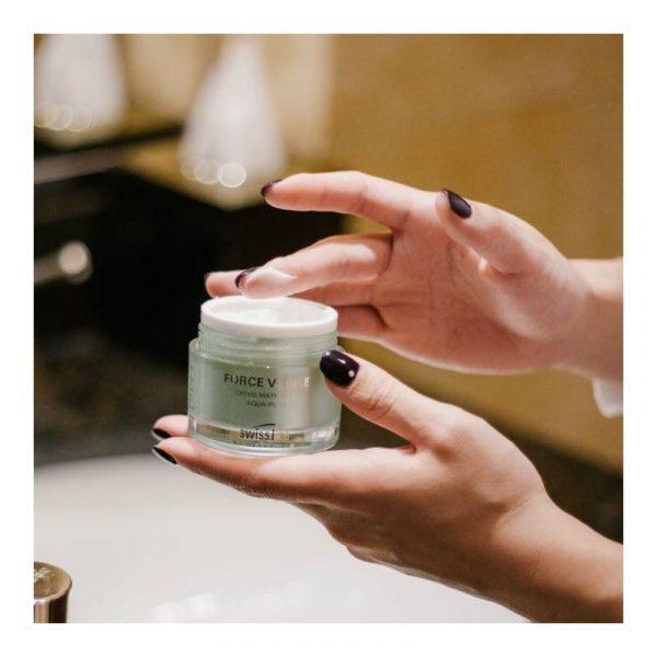 Fv Aqua Pure Mattifying Cream Kem đặc Trị Da Dầu, Da Mụn Và Phục Hồi Tổn Thươngfv Aqua Pure Mattifying Cream Kem đặc Trị Da Dầu, Da Mụn Và Phục Hồi Tổn Thương